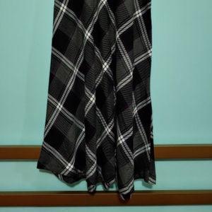 East 5th Plaid Skirt